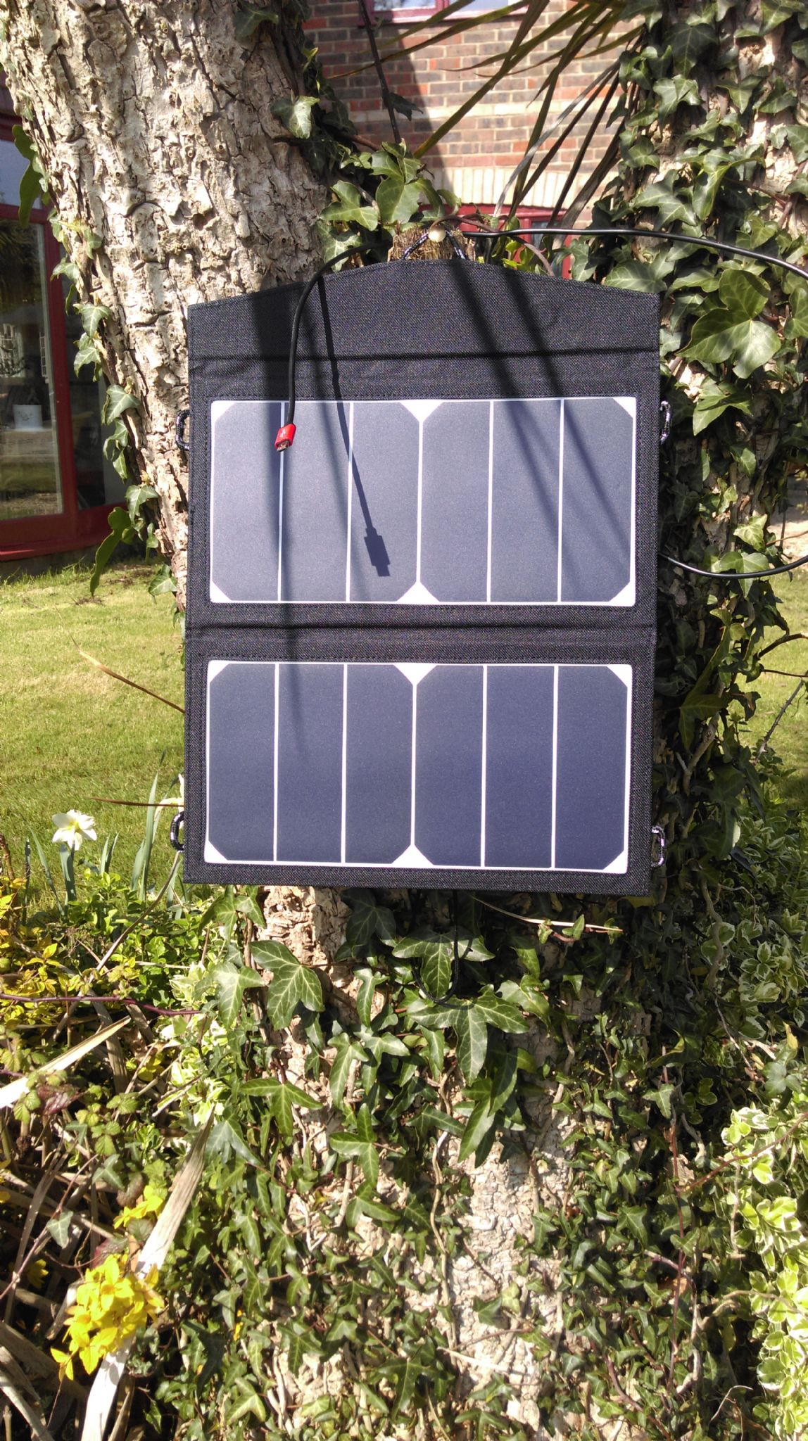 Folding Flexible Solar Panel Charger Bag For Mobile Phones